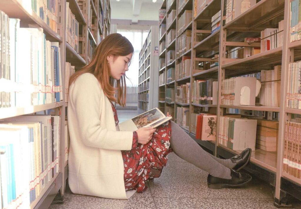 How to get back into reading - Surround yourself with books